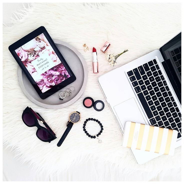"""202 Likes, 73 Comments - Felicia   Blogger   AUS (@thebeautyandthegeekau) on Instagram: """"Easy like Sunday morning 🎶"""""""