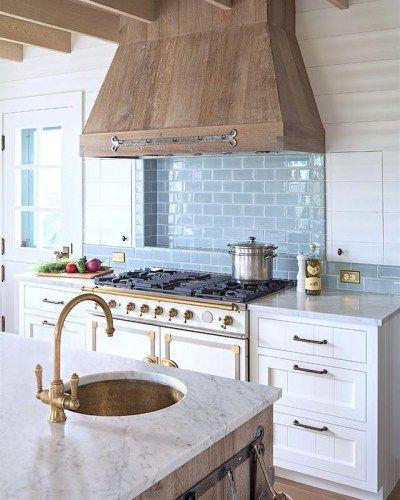 30 Awesome Kitchen Backsplash Ideas For Your Home 2017: 17 Best Ideas About Range Hoods On Pinterest