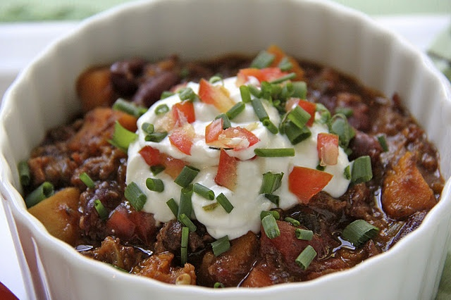 Beef, Butternut, and Bacon Chili. Crockpot weather is upon us!