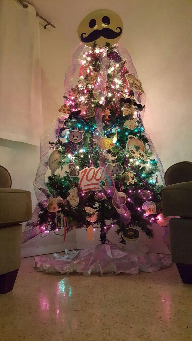 Emoji Christmas Tree Its Beginning To Feel A Lot Like Emoji Christmas Tree Emoji Christmas Studio Diy Christmas