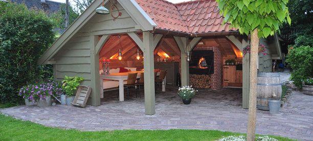 Veranda landelijke stijl mooi voor achter in de tuin of for Huis in tuin voor ouders