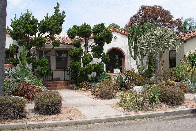 P7132645 - San Diego xeriscape yard by amarguy, via Flickr ...