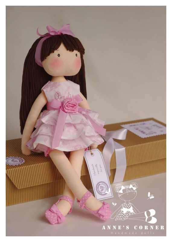 ....this doll is so adorable!!....