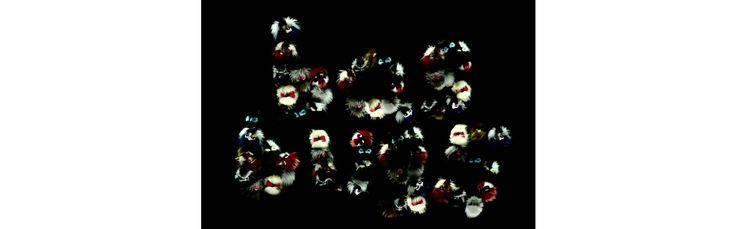 Pompons apposés en lucky charms sur les accessoires de la collection automne-hiver 2014-2015 ou petits sacs à part entière, les Bag Bugs de Fendi reviennent cette saison envahir nos garde-robes. Des accessoires personnifiés qui se parent de fourrures mult