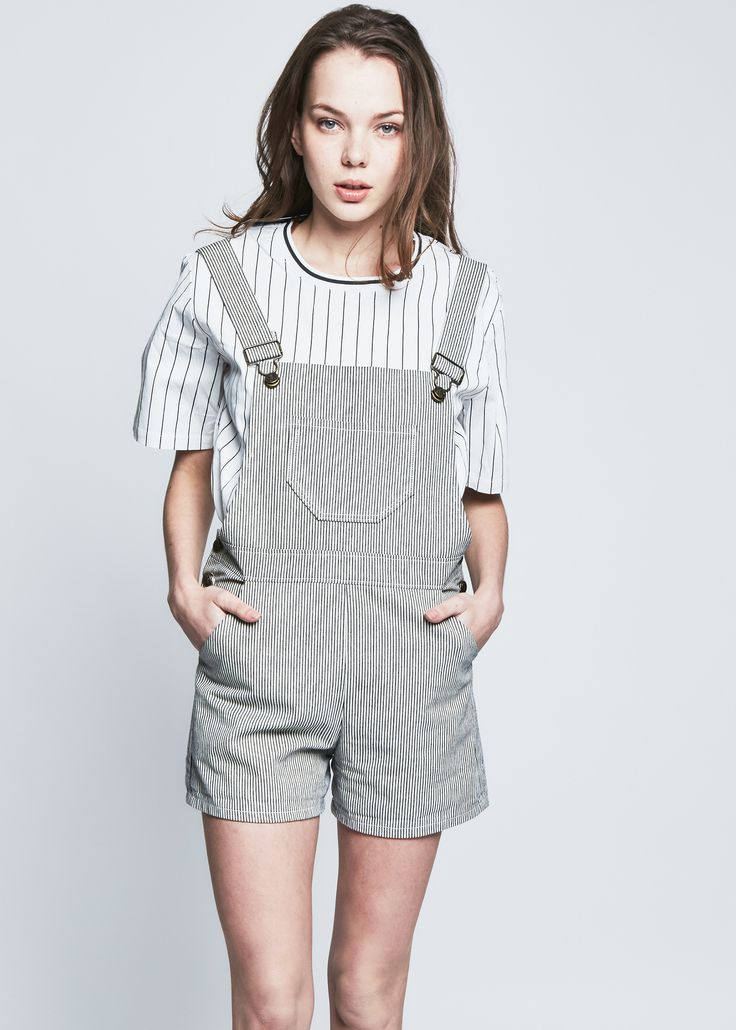 This style was too good to part with! Vintage inspired short overalls. - 100% Cotton, machine wash or hand wash cold, hang dry. - Hand made in LA - Model is wearing a size small Returns and Exchanges