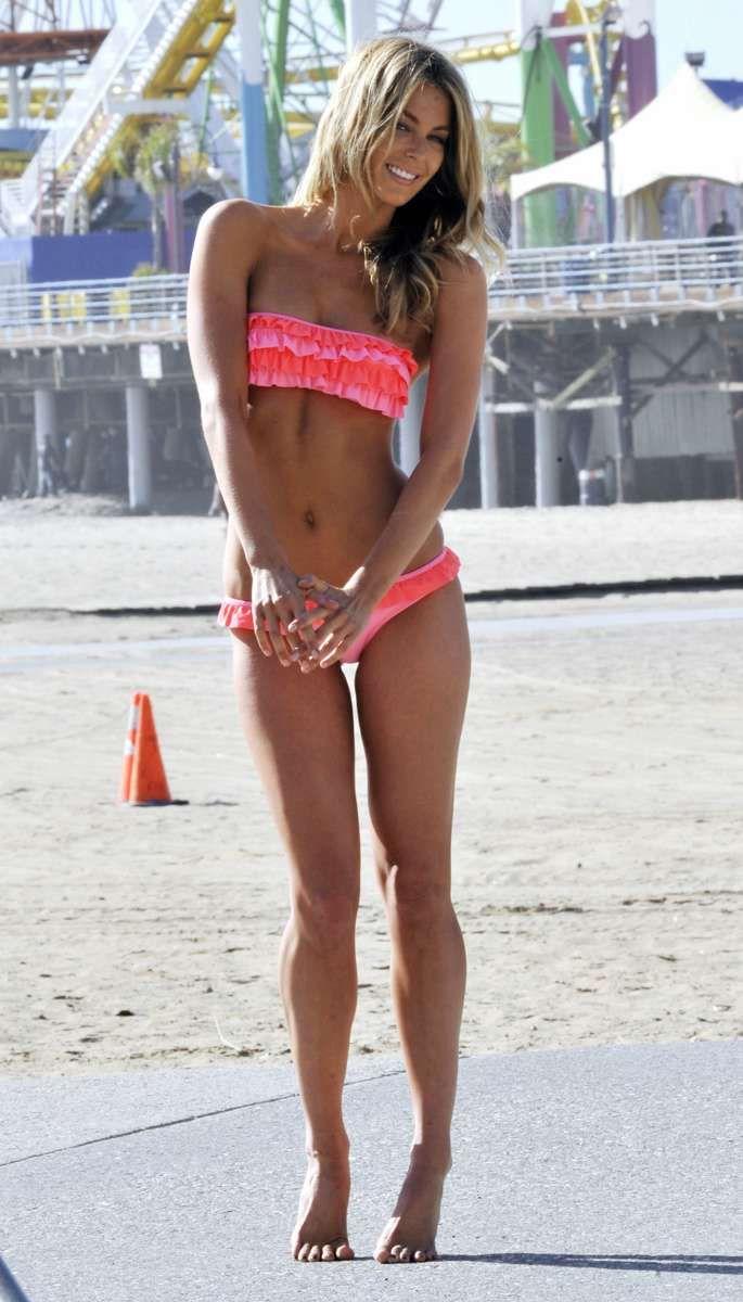 Jennifer Carpenter Bikini 109