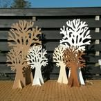 Wensboom bruiloft / verjaardag / jubileum / geboorte / babyshower / begrafenis / crematie / kapstok / etc. Groot, gemaakt van 12mm wit mdf. Kopse kanten houtkleur, dit geeft een bijzonder mooi en natuurlijk effect! H=122cm, B=67cm. Origineel als wensboom voor een bruiloft of geboorte met je gelukwensen op wenskaartjes! De wensbomen zijn er in 73, 122 en 185 cm hoog. Diverse wenskaartjes verkrijgbaar in setjes van 25 stuks. Leuk met seizoenartikelen zoals hartjes, paddenstoeltjes, uiltjes…