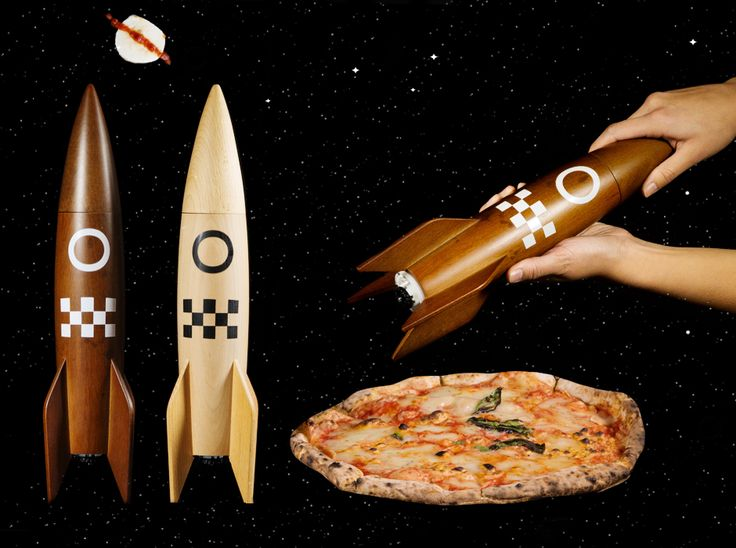 Rocket Salt & Pepper Mill : Large retro spaceship kitchen grinders.