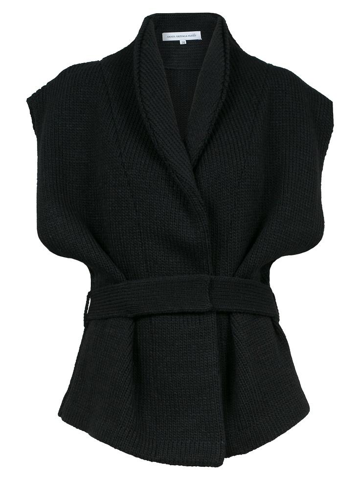 http://www.amayaarzuaga.com/amaya-eshop/productos/ficha/chaquetas/397/