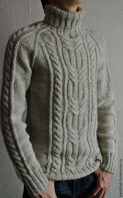Купить или заказать Теплый свитер 'Марко' в интернет-магазине на Ярмарке Мастеров. АВТОРСКАЯ РАБОТА. Мужской уютный свитер из мягчайшей итальянской полушерсти, очень теплый за счет присутствия в составе шерсти альпака. Идеально подойдет холодных дней, уютный и комфортный. Спинка - платочная гладь. Цвет и состав пряжи - по желанию заказчика. Выполню на заказ в любом размере - оплата просчитывается для каждого случая индивидуально.