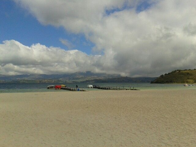 Playa blanca, lago de tota.
