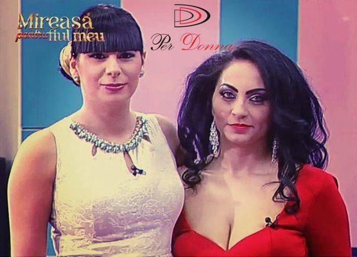Va place rochia din stanga? :) #rochieperdonna www.perdonna.ro