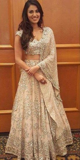 By designer Manish Malhotra. Bridelan - Personal shopper & style consultants for Indian/NRI weddings, website www.bridelan.com #ManishMalhotra #receptionlehenga #Bridelan #BridelanIndia