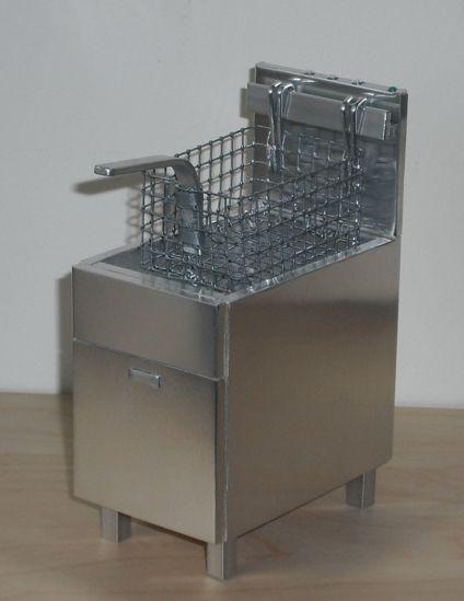 modern dollhouse chiller | ELF Miniatures
