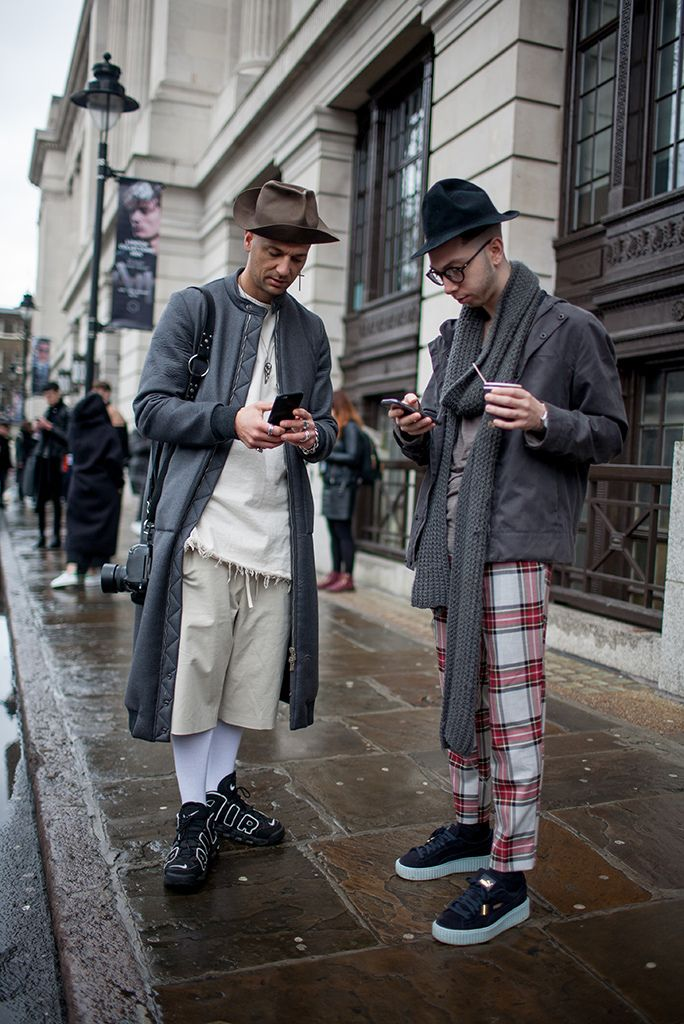 [Snap] 2016 - 2005 Fall London Men's Fashion Week Street snap | SNAP | WWD JAPAN.COM