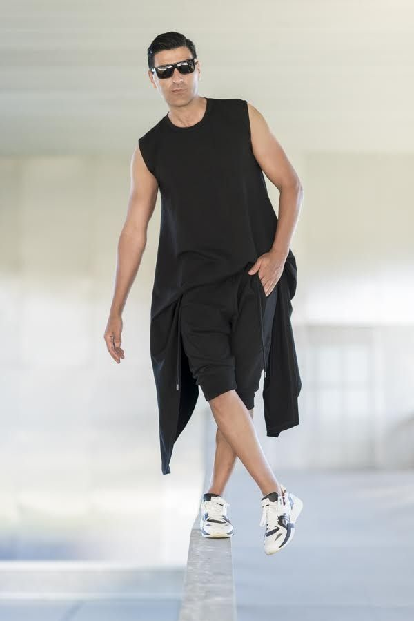 THE TRENDY SURFER FOR SERAFINI-SS2015-Marseille