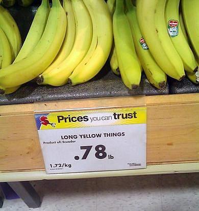 De medewerker op deze fruitafdeling