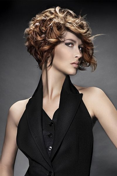Glamorous Short Curly Bob Hairstyle