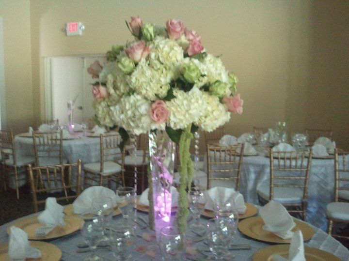 Houston Chair Cover Rental, Fine Linen Rental, Lounge Furniture Rental    Centerpieces