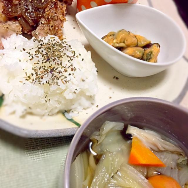 豚肉を焼きました。 クレソン発見ー‼︎春だー春だよー( ´ ▽ ` )ノ うれしーなーーーー☆ - 7件のもぐもぐ - 豚肉焼きました クレソンサラダ ムール貝アヒージョ by Shiho Hashimoto