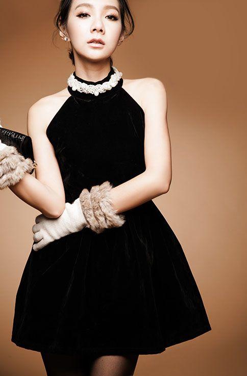 かっこよく着れる黒はマスト◎秋冬ファッションのお呼ばれドレス参考♪