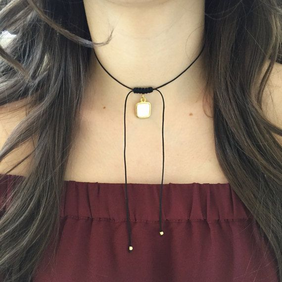 TRENDING ~ White & Gold Square Choker by SophieDesignCo on Etsy