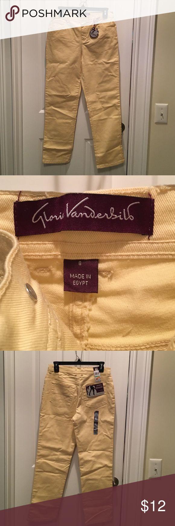 Gloria Vanderbilt Yellow Amanda Jeans Size 8 Short Gloria Vanderbilt yellow Amanda jeans, size 8 short with straight legs.  NWT.  98% cotton, 2% spandex.  Perfect for spring and summer! Gloria Vanderbilt Jeans Straight Leg