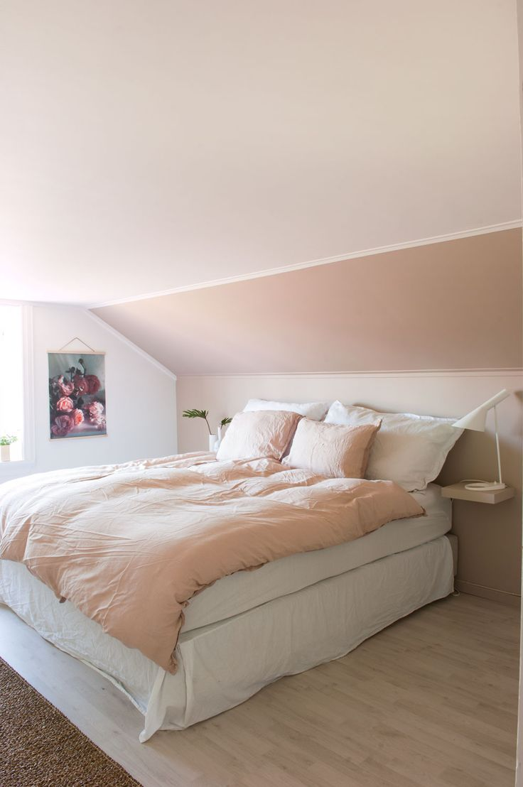 Light pink and white bedroom