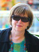 Erna M, tourist guide Hungary, English, Espanol, Portugues