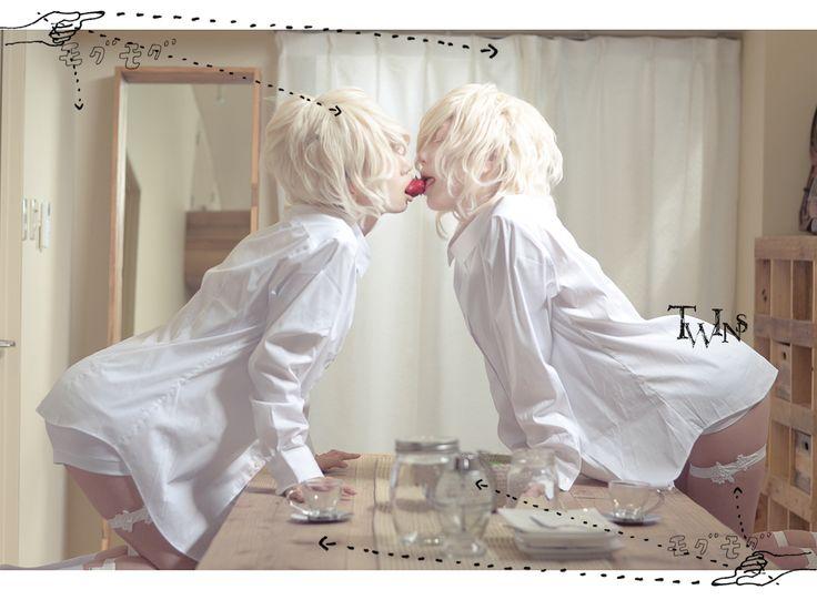 cocon | 【創作男子BL】アルビノ双子 双子は片割れに恋をしている。 model: ren and...