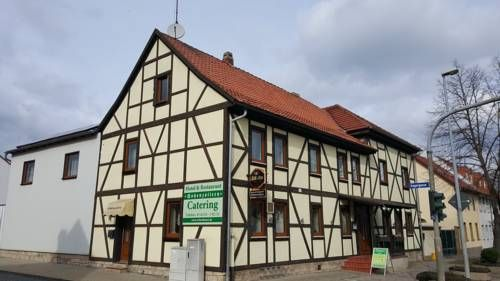 Hotel und Restaurant Hohenzollern Erfurt Offering a barbecue and terrace, Hotel und Restaurant Hohenzollern is located in Erfurt, 9 km from Fair & Congress Centre Erfurt. Guests can enjoy the on-site restaurant. Free private parking is available on site.
