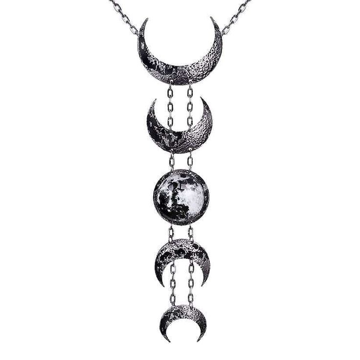 Full Moon tonight can you feel it?      #moonspell #fullmoon #moon #fullmooninpisces #moonphases #nightowl #nocturnal #insomnia #moonphasenecklace #moonnecklace #restyle #restylepl #restylenecklace #lunarnecklace #laluna