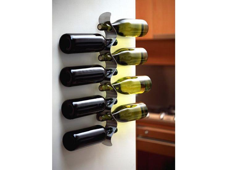 Nástěnný držák na víno BLACK+BLUM Forminimal. Kvalitní víno potřebuje také…