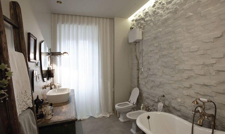 Serena bathroom