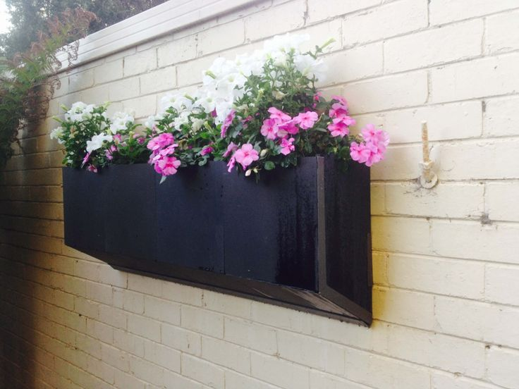 Call at Keystone Gardens to make Wall Garden in your home in Australia.