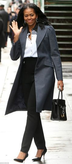 Make like Michelle in her Alexander Wang carryall #DailyMail Click 'Visit' to buy now