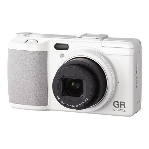 RICOH GR in white!!!