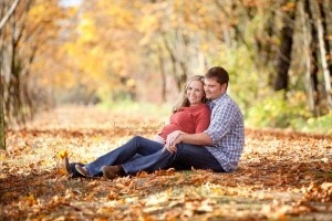 fall maternity photo