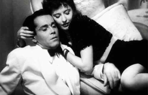 Henry Fonda and Barbara Stanwyck in The Lady Eve | 23 Classic Hollywood GIFs That Are Better Than A Time Machine