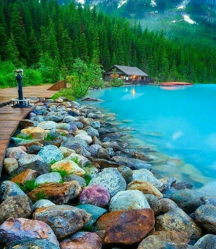 Озеро Луза - Альберта . Канада .