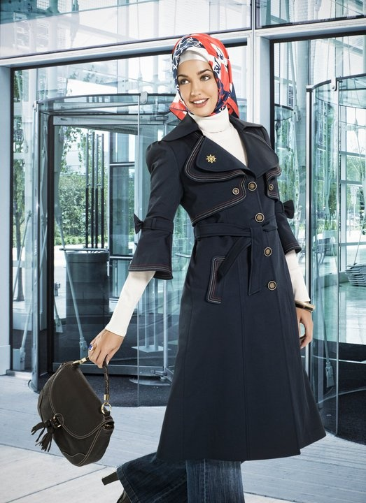 always love the turkish hijab - tied in back, with turtleneck