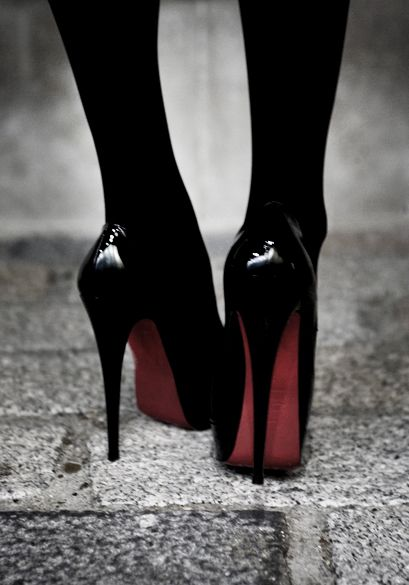 CL: Red Bottoms, Fashion Shoes, Christian Louboutin Shoes, Black Shoes, Pump, Black Heels, High Heels, Black Tights, Christianlouboutin