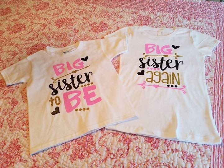 Perfect announcement shirts for two big sisters! Made to order on white short sleeve shirts. Lettering colors are Black, Glitter Gold, and Glitter Pink Shirt Size Options: 2t 3t 4t 5t Youth Small Yout