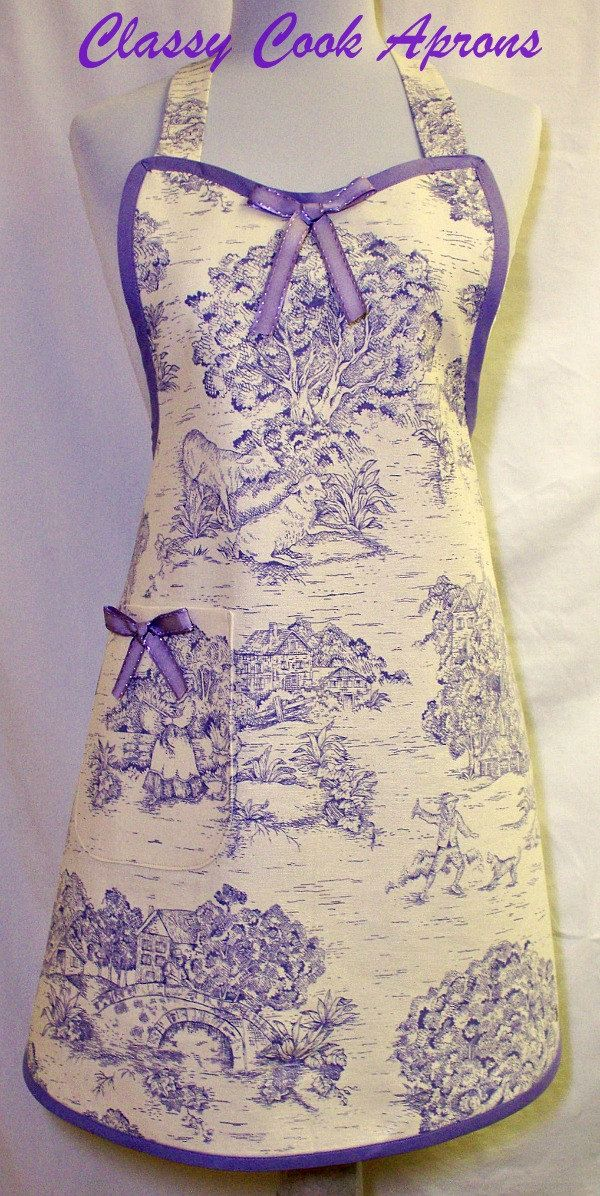 Apron TOILE in Lavender & Ivory, Vintage Inspired   Very Pretty :)