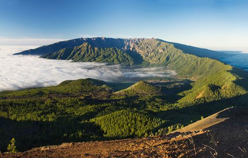 Discover the beauty and diversity of La Palma, the lesser known Canary Island | http://www.weather2travel.com/blog/la-palma-guide-discover-the-lesser-known-canary-island.php | #travel #Spain