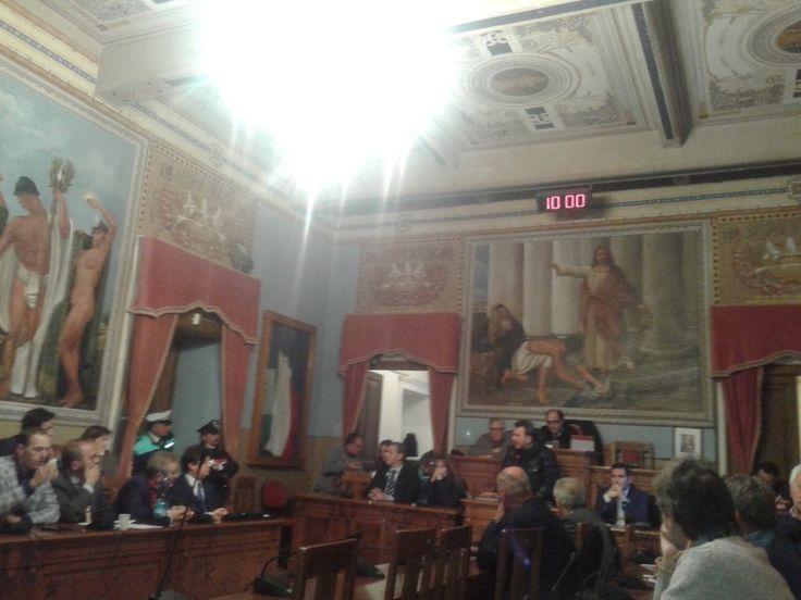 """Consiglio comunale: le aree per i prefabbricati per i Rom. """"Sgambetto"""" del Pd a Speranza"""