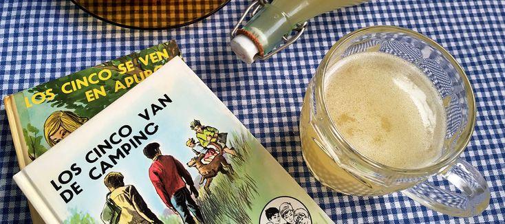 La cerveza apta para todos los públicos que refrescaba a los ídolos de la infancia de los nacidos en los setenta. Para acompañarla, los míticos emparedados de huevo y jamón.