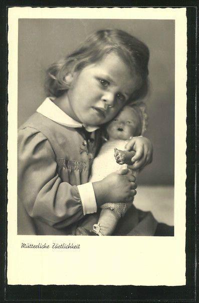 Винтажные детские фотографии с куклами 20-60-х годов 20 века / Винтажные антикварные куклы, реплики / Бэйбики. Куклы фото. Одежда для кукол