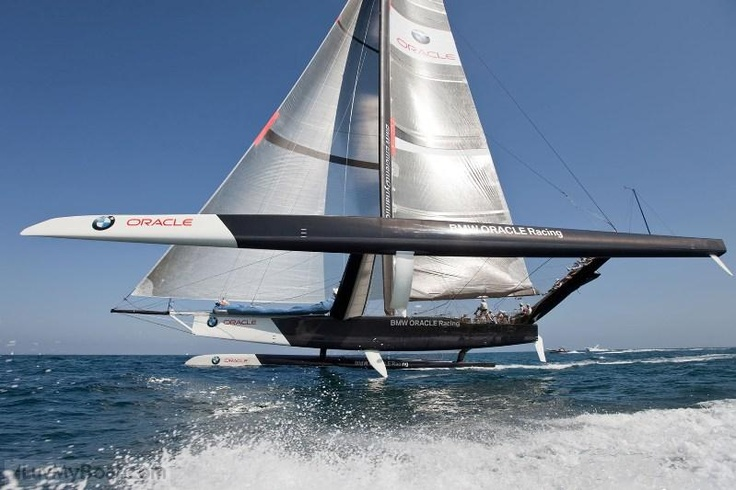 BMW/Oracle's Trimaran monster the BOR 90. Winner of the ...
