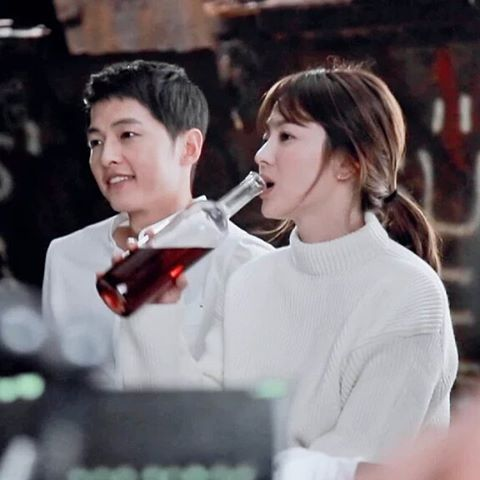 #태양의후예 #송송커플 #송중기 #송혜교 #DescendantsoftheSun #SongSongCouple #SongJoongKi #SongHyeKyo